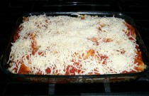 Making Lasagna for My Family and Friends
