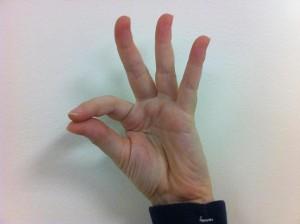 Fingerspelling F