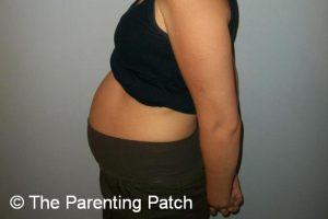 Baby Bump Week 17 of Pregnancy 1