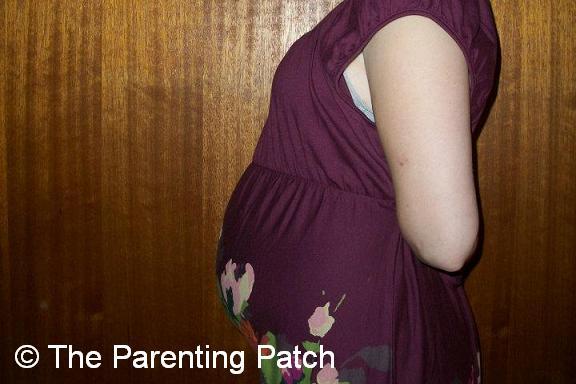 Baby Bump Week 23 of Pregnancy 1