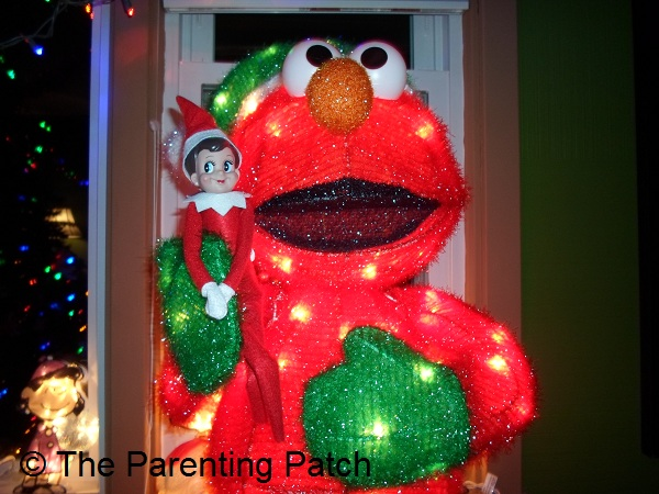 The Elf on Elmo
