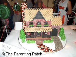 Gingerbread Doll House 1