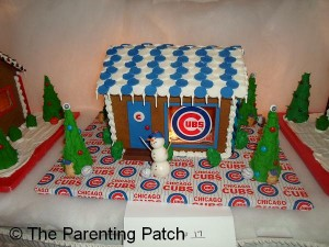 Cubs Gingerbread House