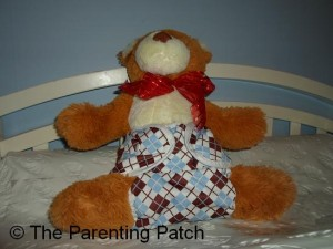 Back and Side of Thirsties Duo Wrap Diaper Cover on Baby