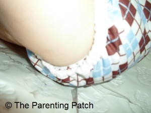 Double Leg Gussets of Thirsties Duo Wrap Diaper Cover