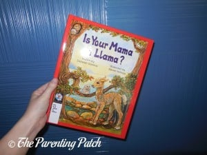 Is Your Mama a Llama? by Deborah Guarino and Steven Kellogg