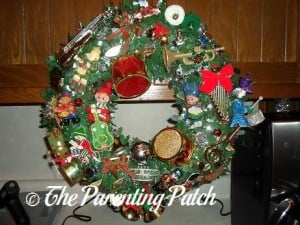 Making a Musical Christmas Wreath 6