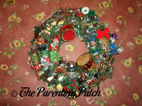 making a musical christmas wreath wordless wednesday