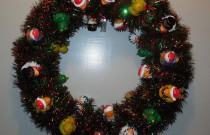 How to Make a Christmas Duck-oration Wreath (Day 10 of 25 Days of Christmas)