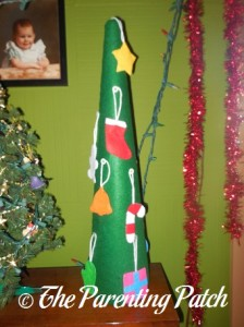 Finished Felt Toddler Christmas Tree 4