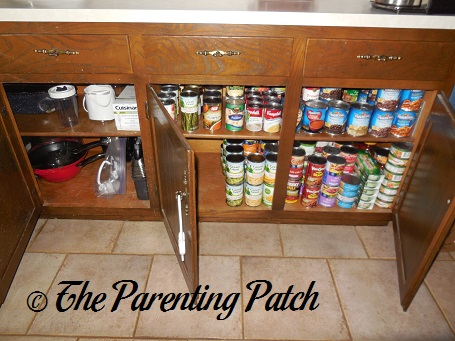 how to organize food in kitchen cabinets - design decoration