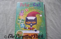 'Pete the Cat Saves Christmas' Book Review (Day 1 of 25 Days of Christmas)