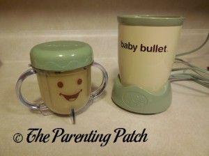 Baby Bullet Short Cup with Food and Power Base