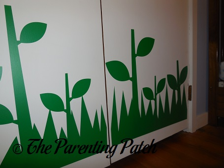 Unique Green Leaf Stem and Grass Decals on Wall