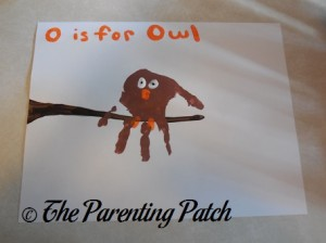 Completed O Is for Owl Handprint Craft