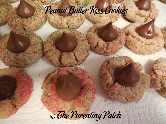 My Favorite Christmas Cookies (Day 13 of 25 Days of Christmas ...