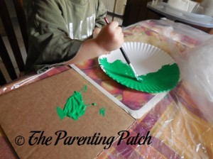 Painting the Paper Plate Green 2