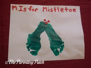 Completed M Is for Mistletoe Footprint Craft
