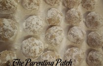 Baking Pecan Snowball Cookies (Day 20 of 25 Days of Christmas)