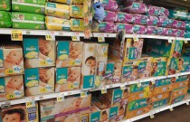 Cloth Diapers Versus Disposable: Neither Is Better