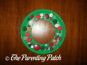 Paper Plate Button Christmas Wreath
