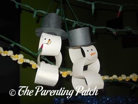 Paper Chain Snowmen
