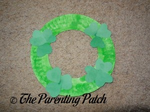 Shamrock Paper Plate Wreath