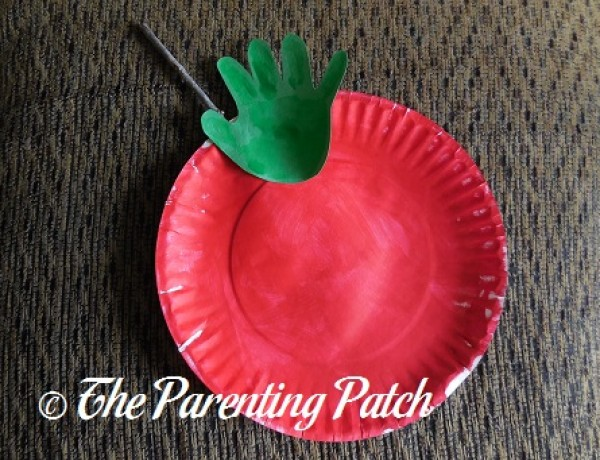 Autumn Apple Paper Plate and Handprint Craft