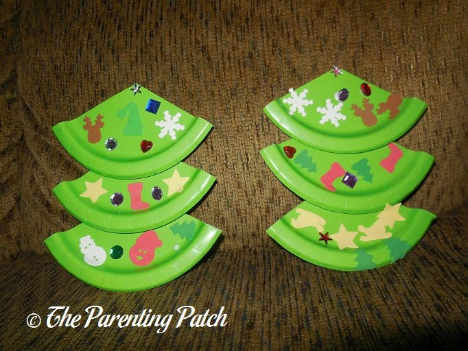 Decorating the Paper Plate Christmas Trees Paper Plate Christmas Trees & Paper Plate Christmas Tree Craft | Parenting Patch