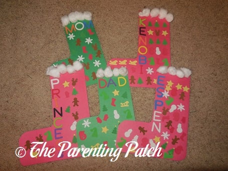 construction paper christmas stockings - Christmas Construction Paper Crafts