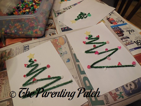 how to make a christmas tree using pipe cleaners