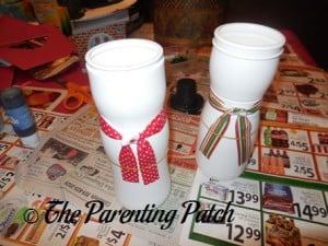 Gluing Ribbons Around the Puffs Containers