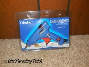 Front of Ohuhu Hot Glue Gun in Package