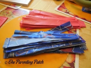 Table Cloth Strips for the Fourth of July Wreath Craft