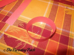 Red Paper Loop for Paper Apple Craft