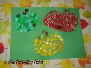 Finished Button Apples Craft