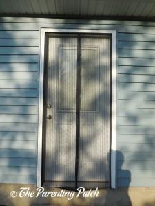 Apalus Magnetic Screen Door in Doorway