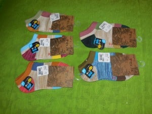 Lomon Colorful Rectangles Ankle Socks in Packaging