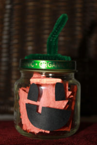 Easy Baby Food Jar Pumpkin Craft