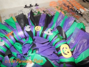 Gluing Foam Halloween Stickers to the Tablecloth Ribbon Halloween Wreath Craft