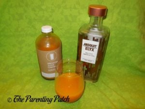 Mixing the American Juice Company Herman Mangoville and Vodka