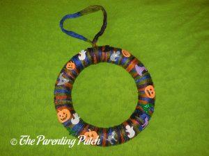 Finished Halloween Yarn Wreath Craft