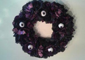 Dollar Store DIY Spooky Halloween Wreath