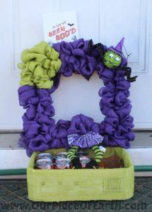 DIY Halloween Burlap Wreath