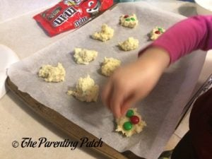 Decorating the Christmas M&M's Funfetti Cake Cookies