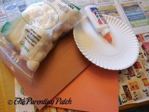 Materials for Pumpkin Pie Paper Plate Craft