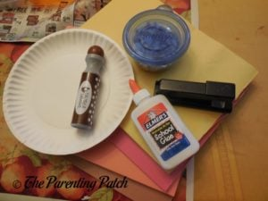 Materials for Turkey Paper Plate Wreath Craft