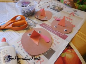 Assembling the Paper Turkey Heads