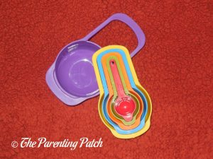 Measuring Cups of 'Do It Myself Kids Cookbook' from PBS Kids