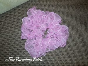Pink Loops of Deco Mesh Valentine's Day Wreath Craft